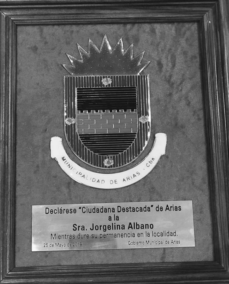 ed4caa26 ... «Los Zapatos Rojos son de Puta». Jorgelina Albano, ciudadana destacada